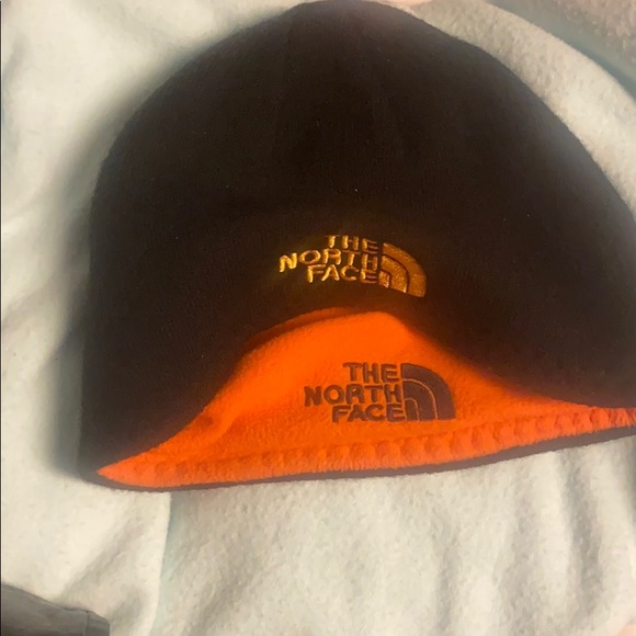 NEW The North Face double sided beanie